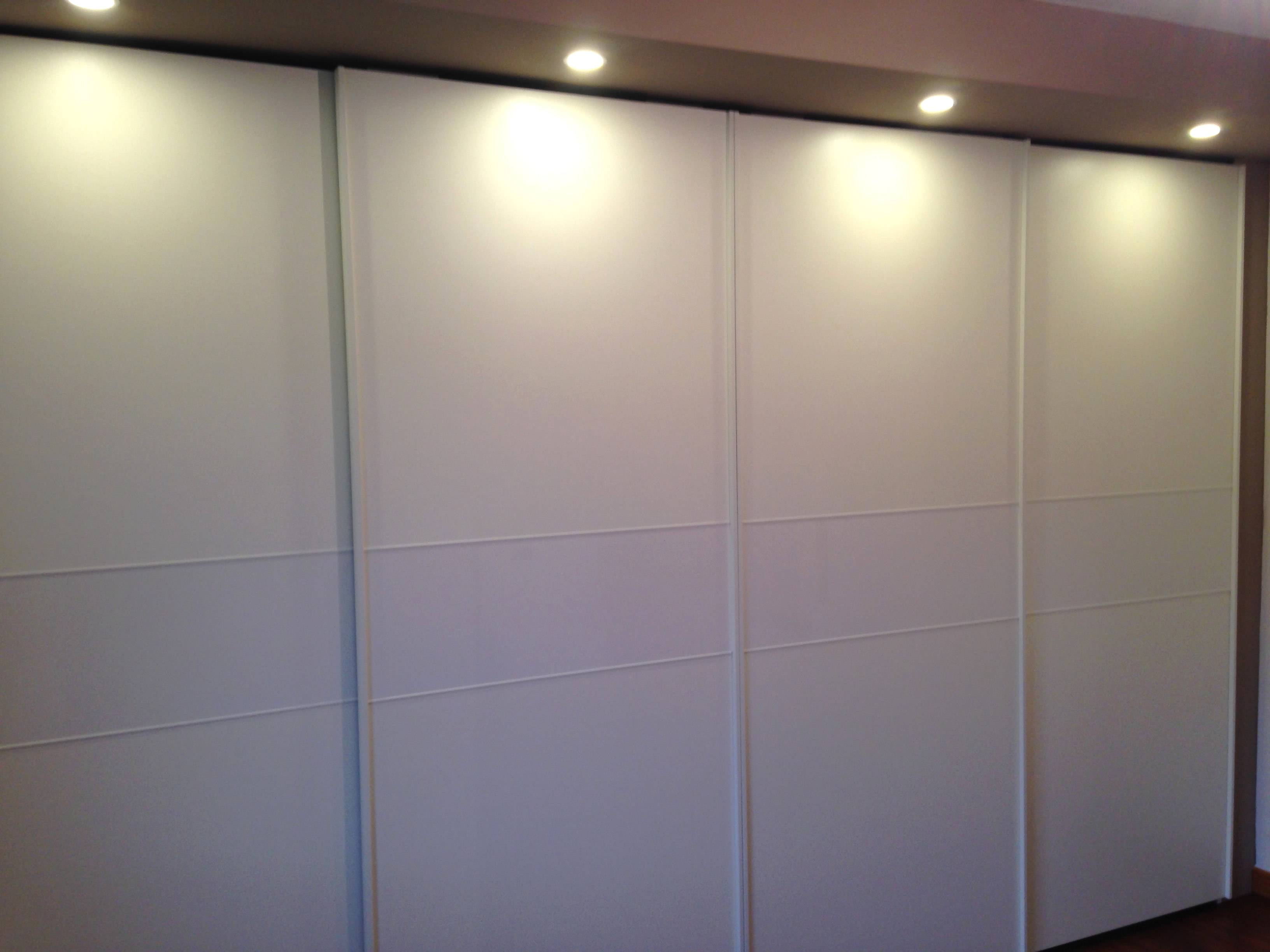 armadio scorrevole 4 ante chiuso