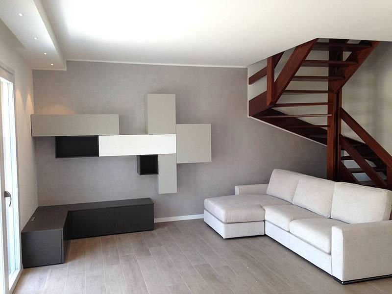 soggiorno e divano